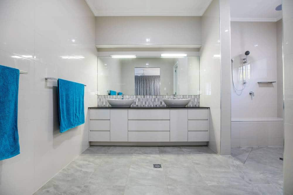 Interesting Facts On Designing A Bathroom Layout